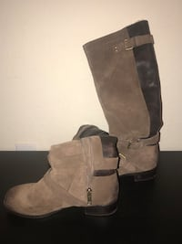 Pair of brown suede boots Miramar, 33025