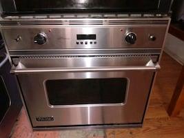 """VIKING CONVECTION SINGLE WALL OVEN STAINLESS STEEL 30"""""""