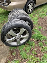 205/50R17 Set of rims with tires $120 OBO Indian Head, 20640