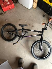 Free agent bmx bike great condition very compact can easily do 180s on flat  Newmarket, L3Y 4M9