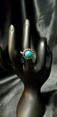 Nice, Simulated Turquoise Ring/Sz 7.5