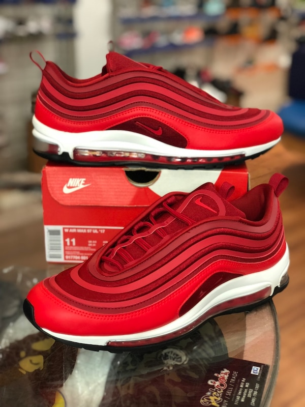 Gym red air max 97 ultra size 9.5