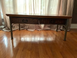 coffee table -pier 1