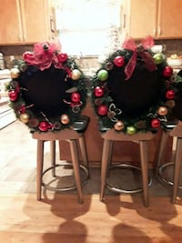 black and red flower arrangement Tracy, 95376