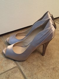 NINE WEST HEELS, SIZE 6.5 Calgary
