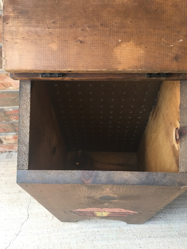 """NICE VTG Handmade & Hand Painted Wood """"Taters"""" & Onion Storage Bin In Excellent Condition-Norman PU 95e2644b-622e-4547-bafd-abaf1352220d"""