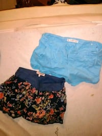 Skirt and Abercrombie shorts Albion, 16401