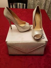 pair of gray peep toe platform stilettos in box Brampton, L6Y 4W4