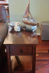 side table - Annapolis null