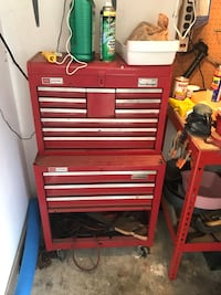 red and gray tool cabinet Brandon, 39047