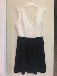 women's white and black sleeveless dress Gainesville, 20155