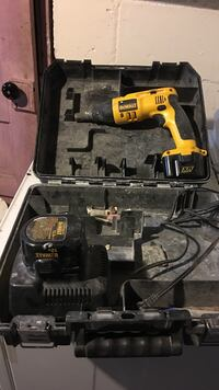 DeWalt cordless hand drill set with case South Bend, 46628