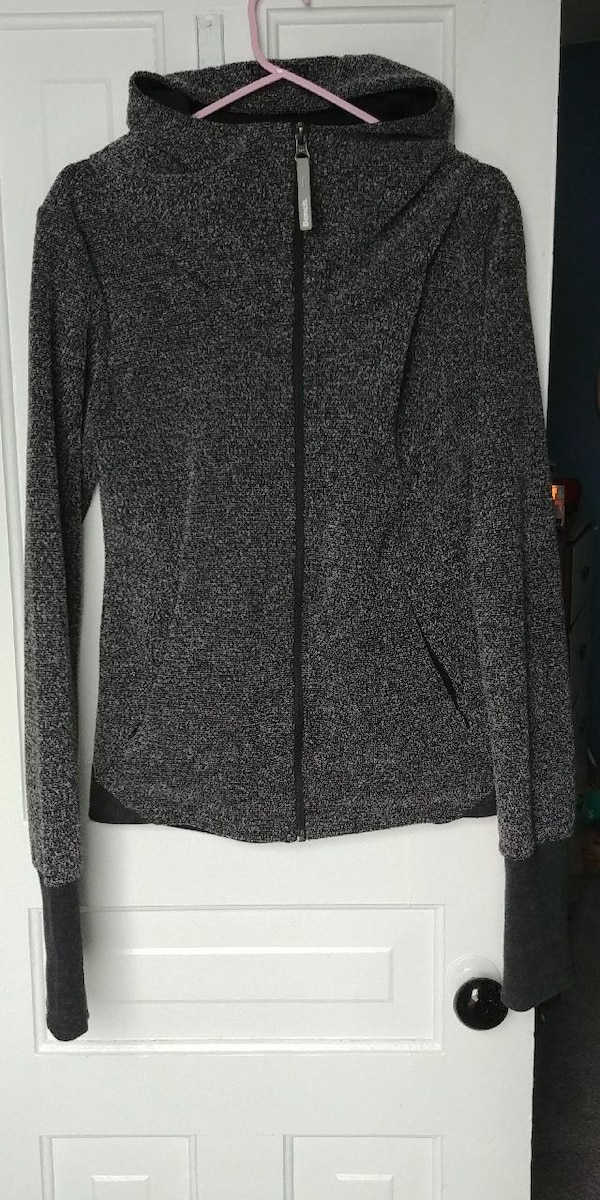 Bench LARGE sweater