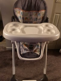 baby's white and gray high chair Edmonton, T5T