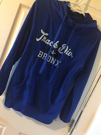 Blue and white ardenes pullover hoodie Macdonald, R0G 0A2