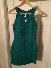 Green/turquoise shimmery bandage material dress Vaughan, L6A 1V2