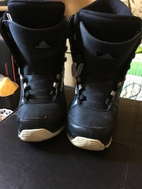 pair of black firefly boots men's size 10 need laces  Saint John, E2N 1G8