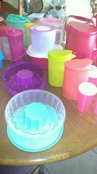 assorted-color plastic container lot Bakersfield, 93304