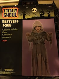 Restless soul costume boys size lg. NEW ! Includes: robe and chest Pc. Essex, 21221