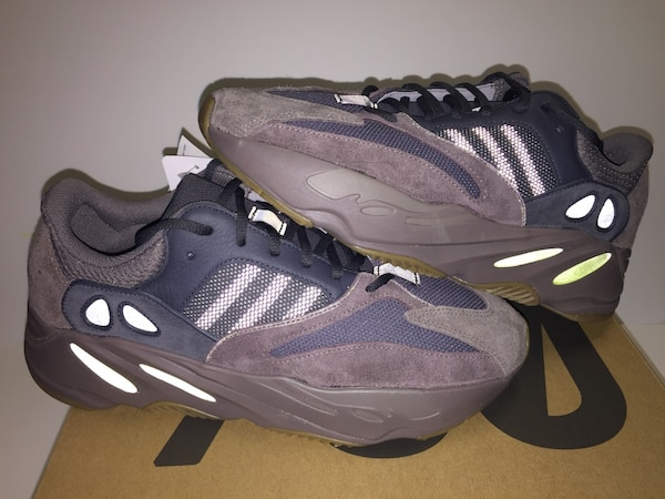 b61427ec2da Adidas Yeezy 700 Mauve Waverunners 10.5 11. HomeUsed Fashion and  Accessories in New York ...
