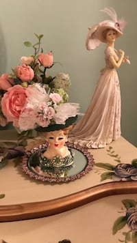Beautiful !!  Antique Lady Head Vase in green Gainesville, 20155