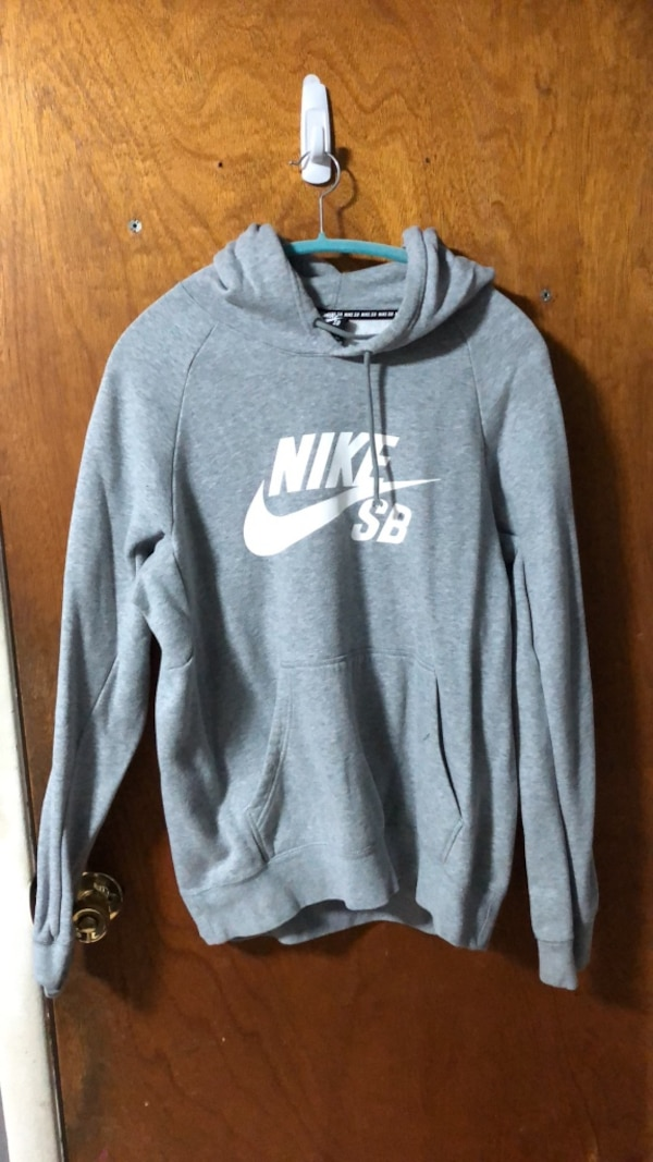 da5e8d02b Used gray and white Nike pullover hoodie for sale in Elmont - letgo