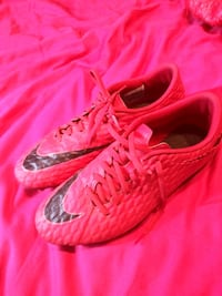 Soccer shoes size 8 used Coral Springs
