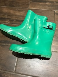 Kids Boots size 3