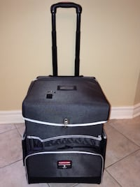 Rubbermaid Executive Series Commercial Quick Cart Small London