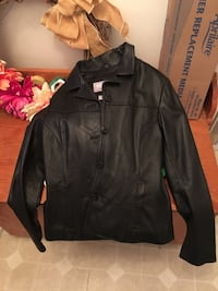 Women's leather jacket North Chesterfield, 23236