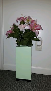 vase and bouquet