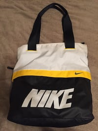 Nike Gym Bag - Brand New - $15 Red Deer, T4N 1H9