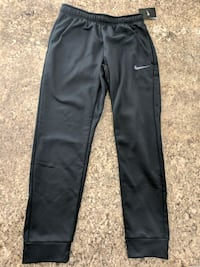 Nike Therma-Fit Tapered NEW size M Brampton, L6S 5W1