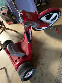 Kids Big Radio Flyer used Hayward, 94545