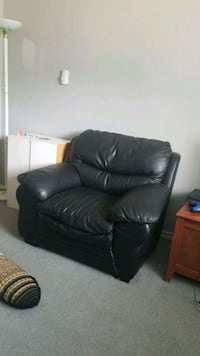 black leather 3-seat sofa Surrey, V3W 8H4