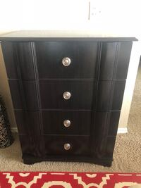 Dark wood chest of drawers Fort Worth, 76102