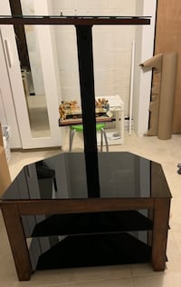 Corner TV stand with TV mount Columbia