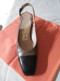black and brown leather pointed-toe pumps Gatineau, J8T 5G1