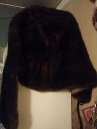 Mink fur shaw coat with pockets and tan interior Homosassa, 34448