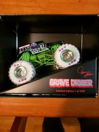 Monster Jam limited edition Grave Digger!
