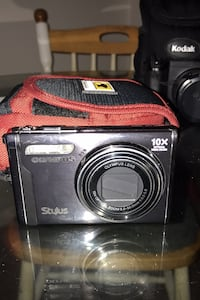 Olympus Stylus camera (accessories included) Washington, 20019