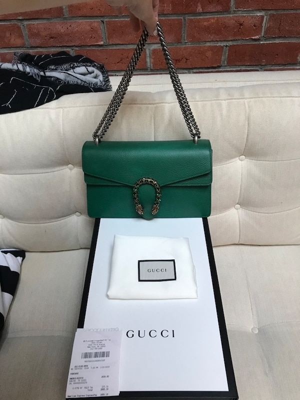 94cfdab16c3 Brukt Sold out everywhere Gucci Dionysus medium shoulder bag-emerald ...