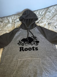 Roots Hoodie XL Mississauga