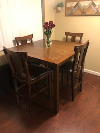 Counter Height Dining Set Los Angeles, 91411