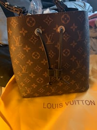 Louis Vuitton neonoe Mississauga, L5N 4P2