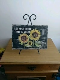 Sunflower plaque with stand Hagerstown