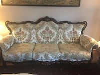 "Beatiful Multi Color Italian Style Living Room Set ""MUST SEE"" - $3500 (Chantilly , VA)  Chantilly, 20152"
