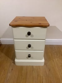 Chest of Drawers Pine Wood Shabby Chic Potters Bar, EN6 1JH