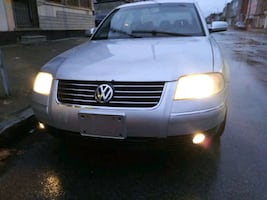 2004 Volkswagen Passat GLS 5AT