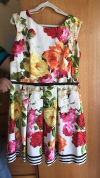 Floral dress with black bow belt North Miami, 33181